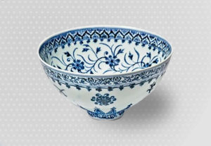 За китайскую вазу, купленную на распродаже за 35$, планируют выручить с аукциона 500.000$