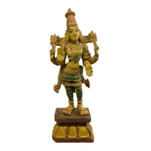 Деревянная скульптура божества Вишну